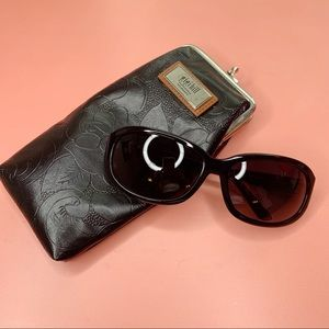 Gigi Hill black Willie sunglasses with Jackie case